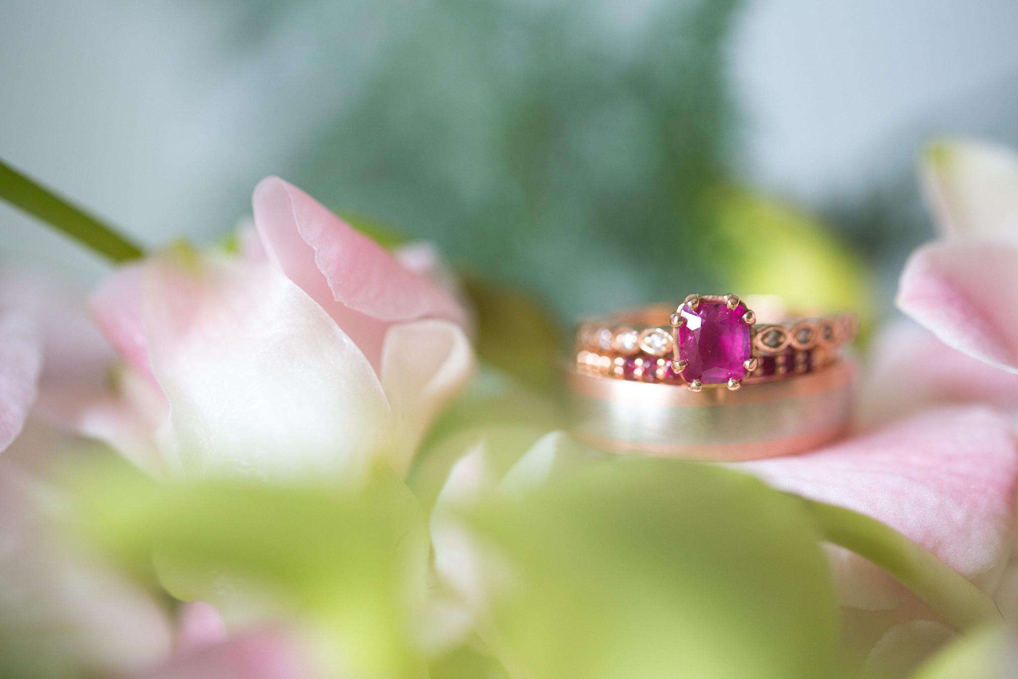 027-best-detroit-michigan-outdoor-destination-wedding-photographer.jpg