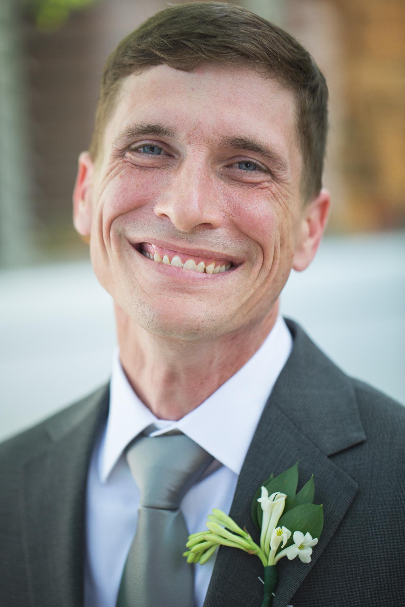 048-best-detroit-michigan-outdoor-destination-wedding-photographer.jpg