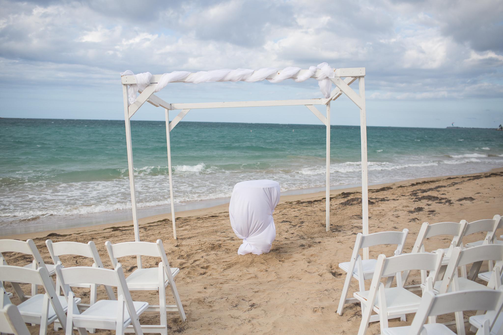 063-best-detroit-michigan-outdoor-destination-wedding-photographer.jpg