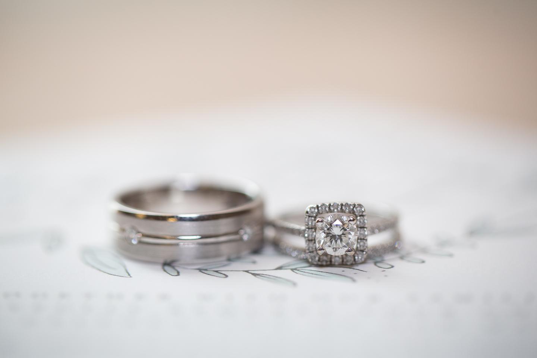 002-best-detroit-michigan-outdoor-spring-wedding-photographer.jpg