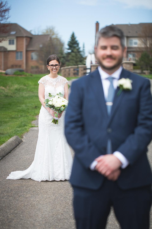 029-best-detroit-michigan-outdoor-spring-wedding-photographer.jpg