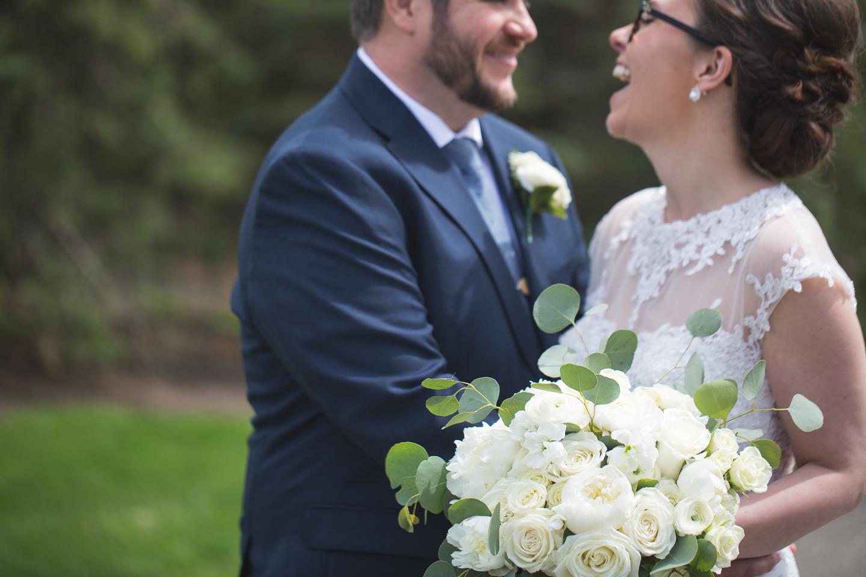 037-best-detroit-michigan-outdoor-spring-wedding-photographer.jpg