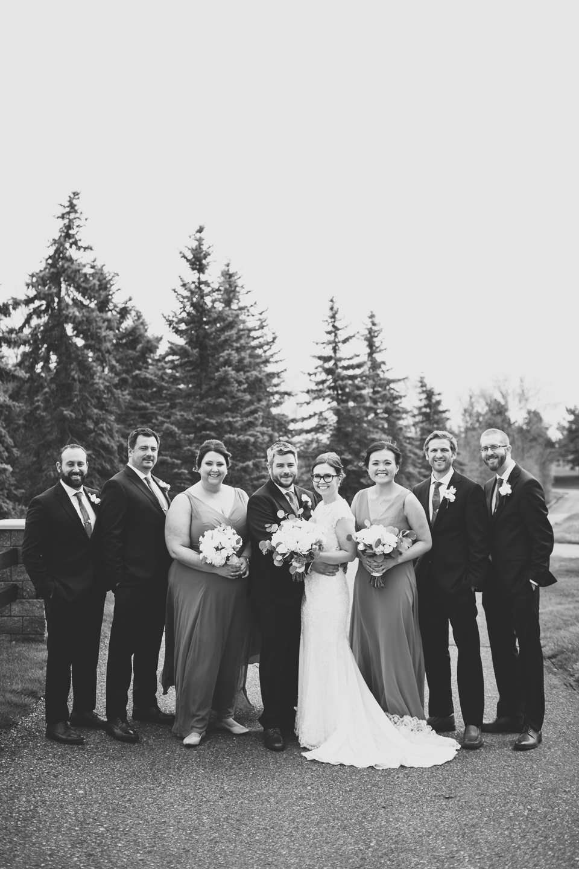 044-best-detroit-michigan-outdoor-spring-wedding-photographer.jpg