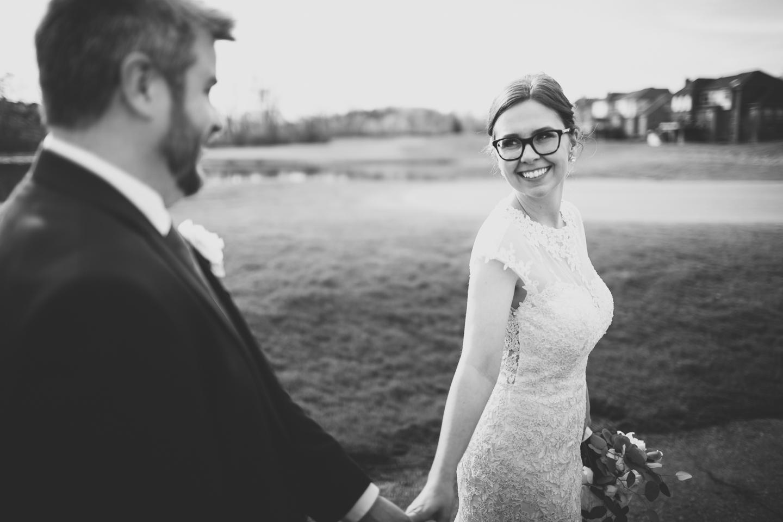 064-best-detroit-michigan-outdoor-spring-wedding-photographer.jpg