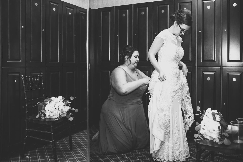069-best-detroit-michigan-outdoor-spring-wedding-photographer.jpg