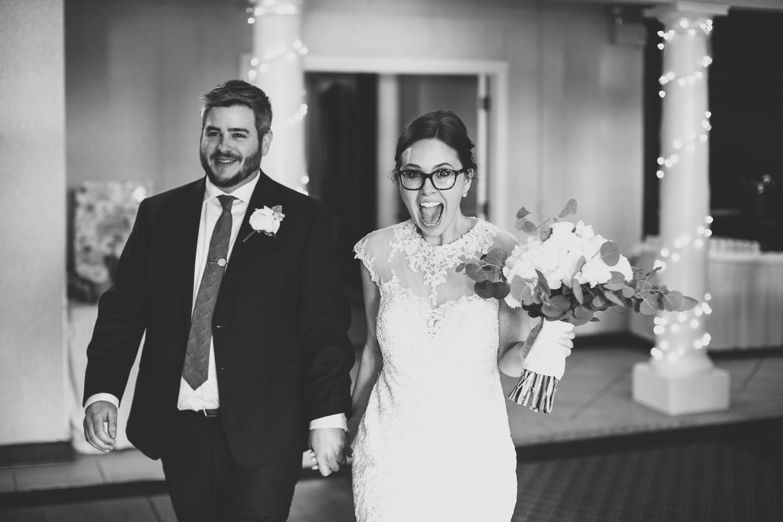 076-best-detroit-michigan-outdoor-spring-wedding-photographer.jpg