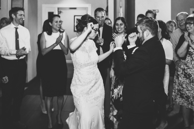 092-best-detroit-michigan-outdoor-spring-wedding-photographer.jpg