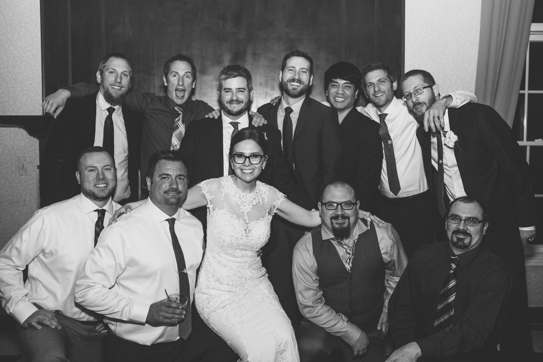 099-best-detroit-michigan-outdoor-spring-wedding-photographer.jpg