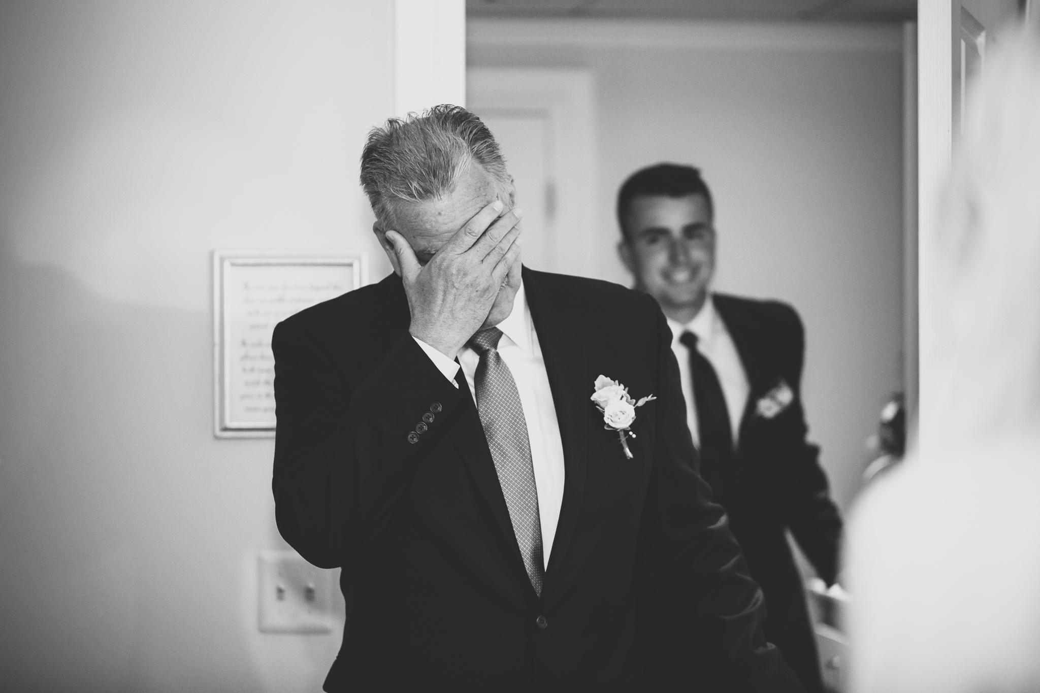 018-best-detroit-michigan-outdoor-wedding-photographer.jpg