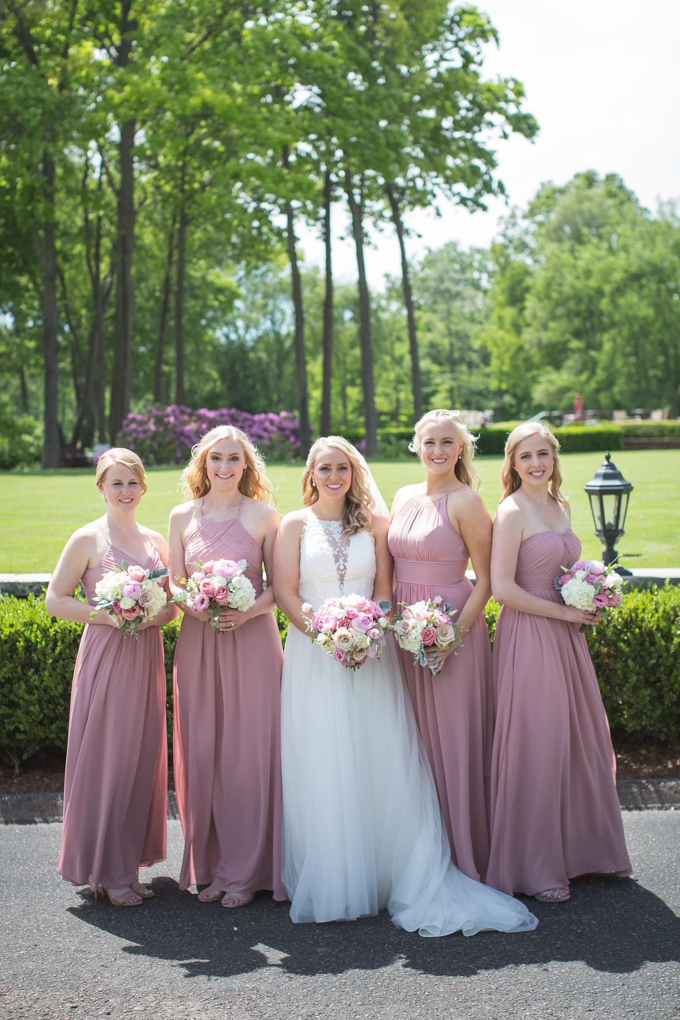 024-best-detroit-michigan-outdoor-wedding-photographer.jpg
