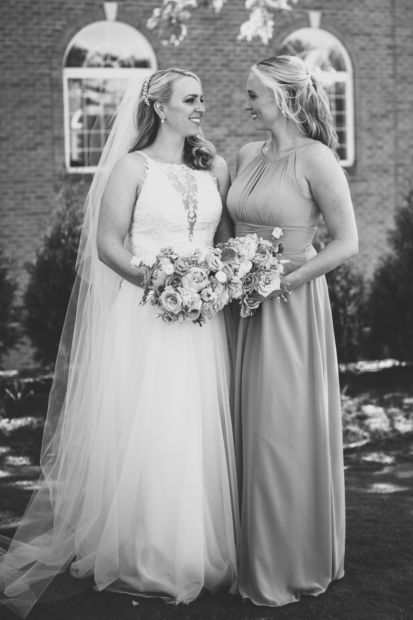 043-best-detroit-michigan-outdoor-wedding-photographer.jpg
