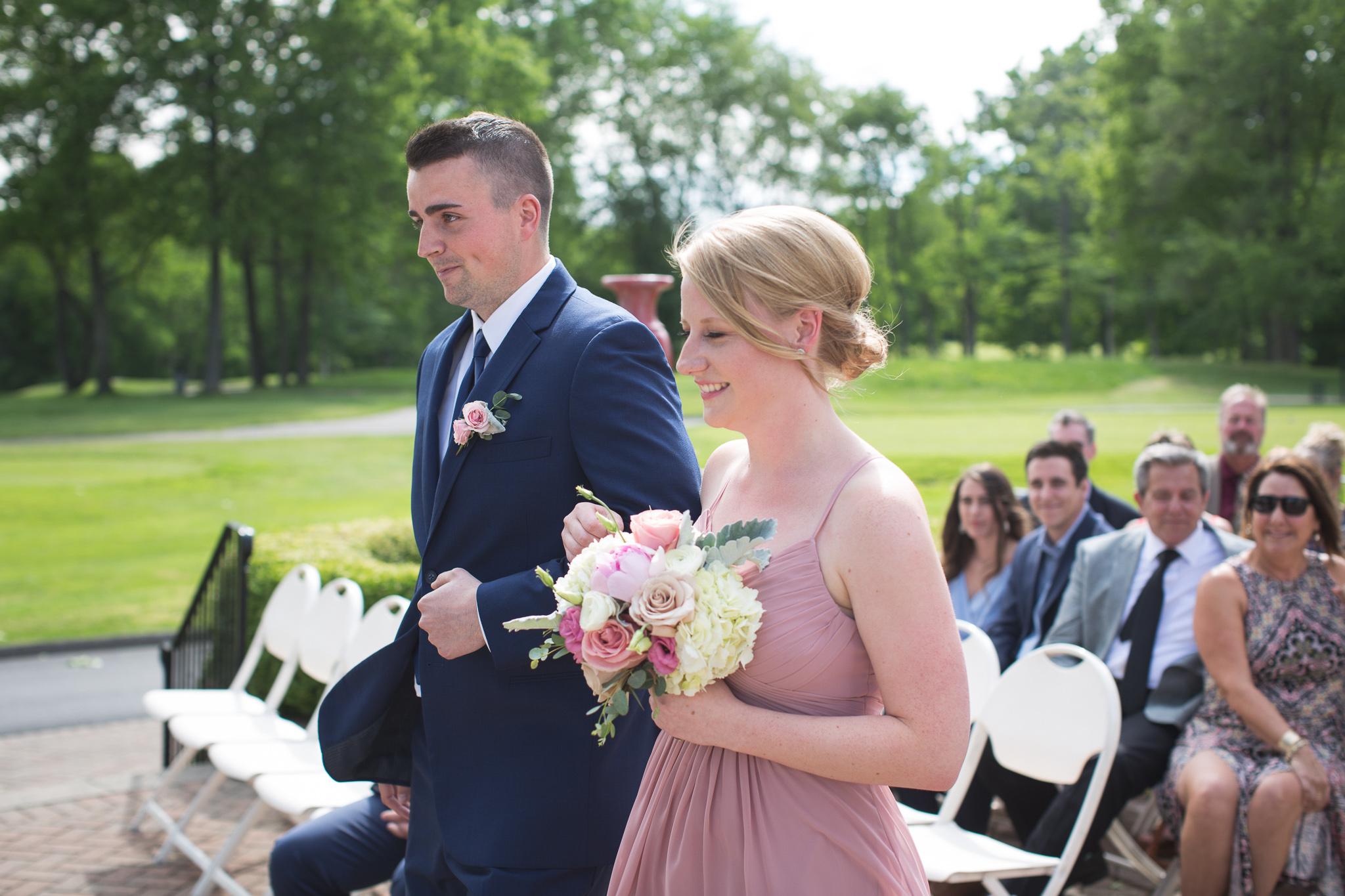 069-best-detroit-michigan-outdoor-wedding-photographer.jpg