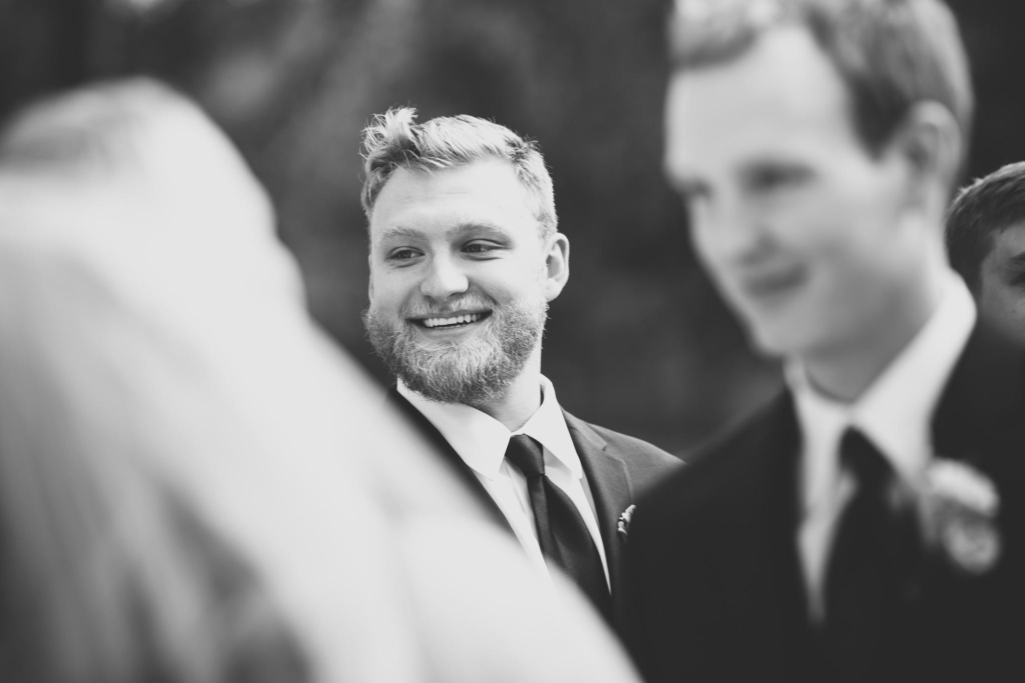 082-best-detroit-michigan-outdoor-wedding-photographer.jpg