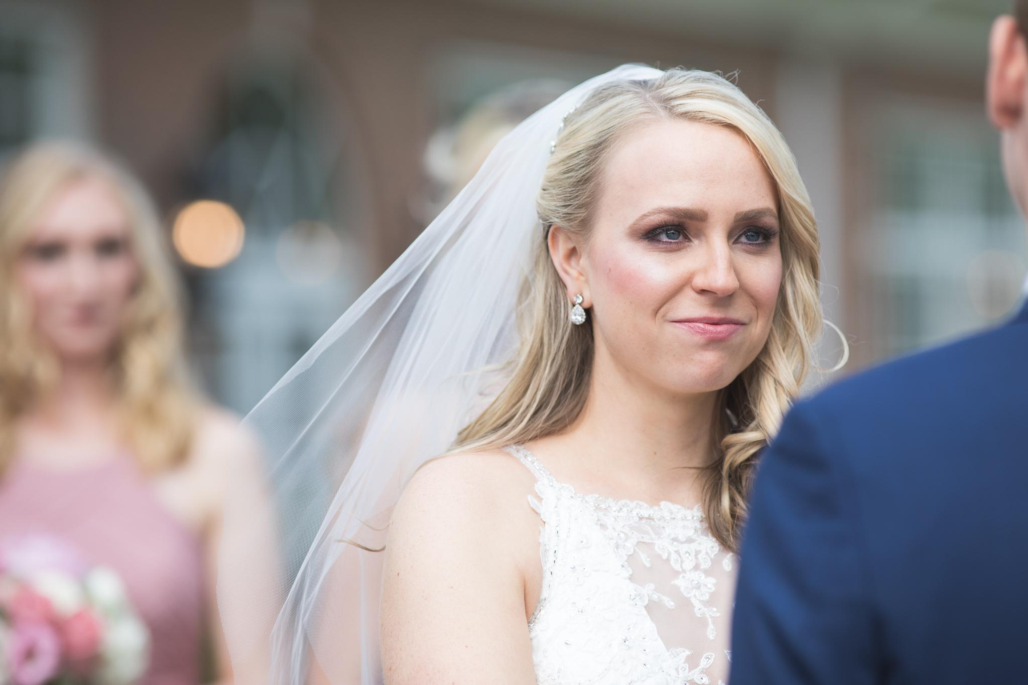 084-best-detroit-michigan-outdoor-wedding-photographer.jpg