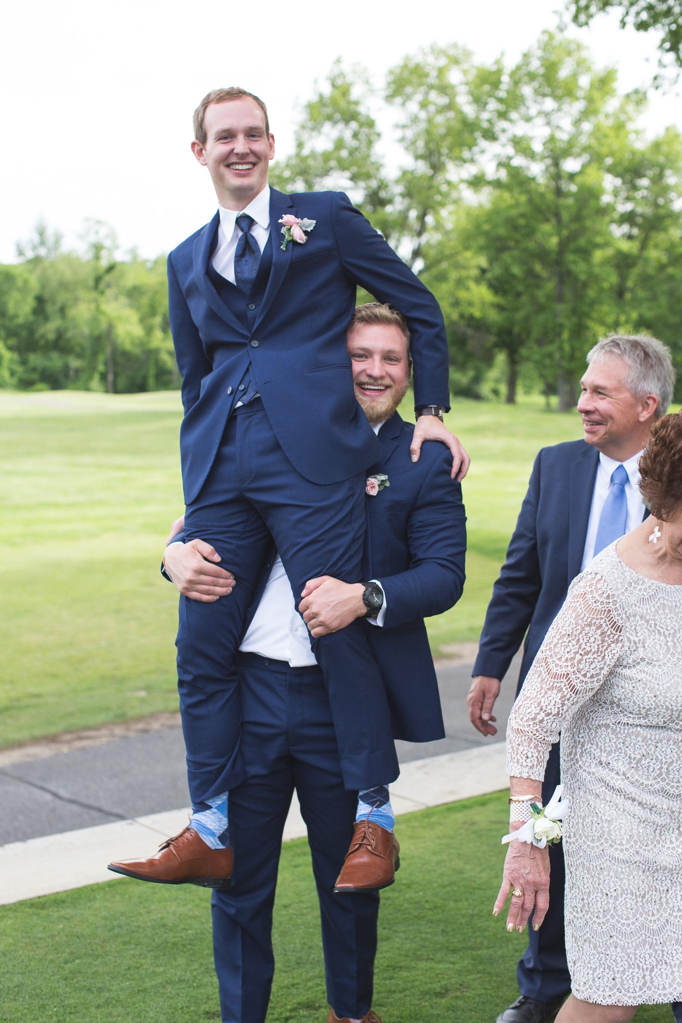 111-best-detroit-michigan-outdoor-wedding-photographer.jpg