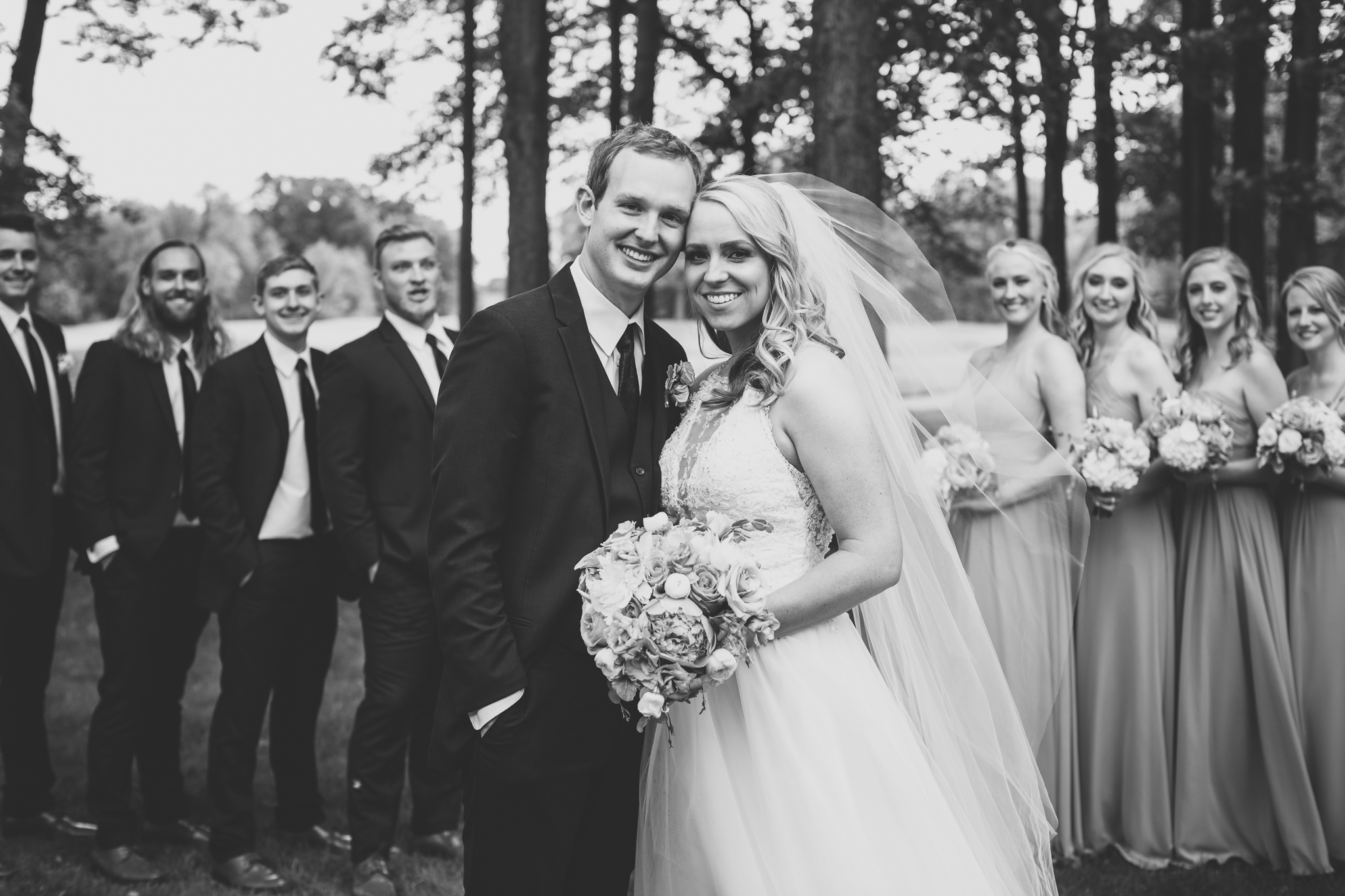 116-best-detroit-michigan-outdoor-wedding-photographer.jpg