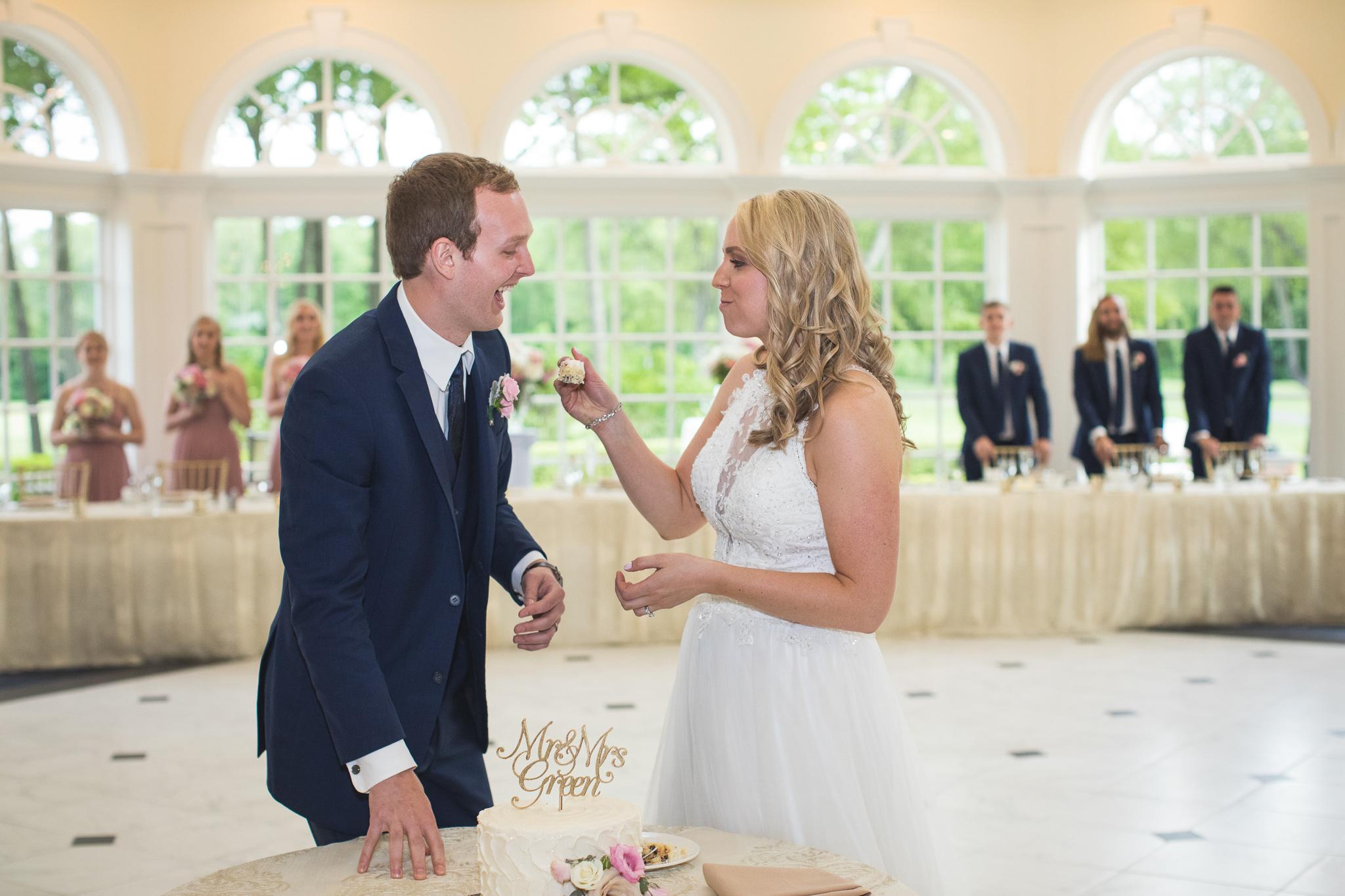 129-best-detroit-michigan-outdoor-wedding-photographer.jpg