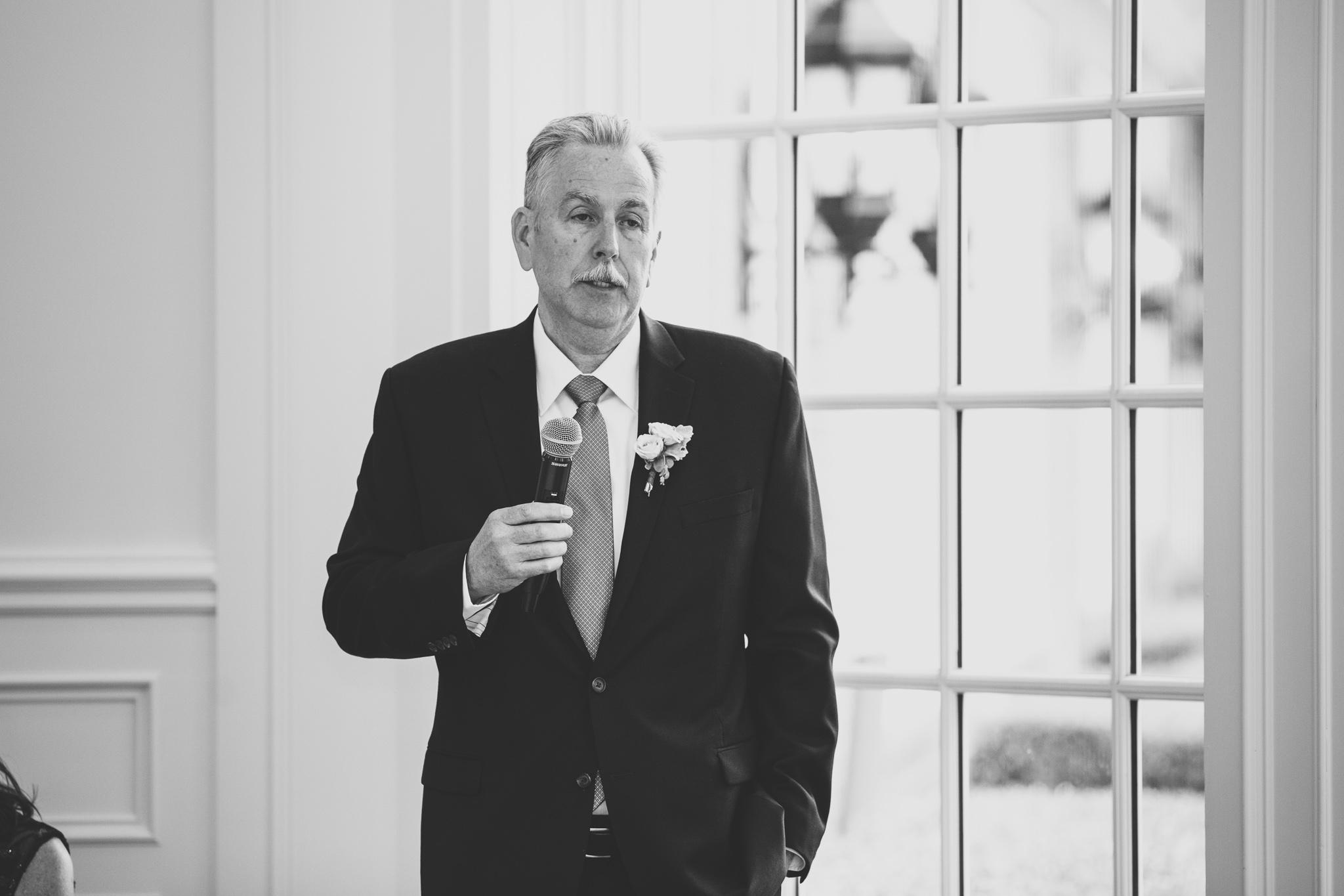 135-best-detroit-michigan-outdoor-wedding-photographer.jpg