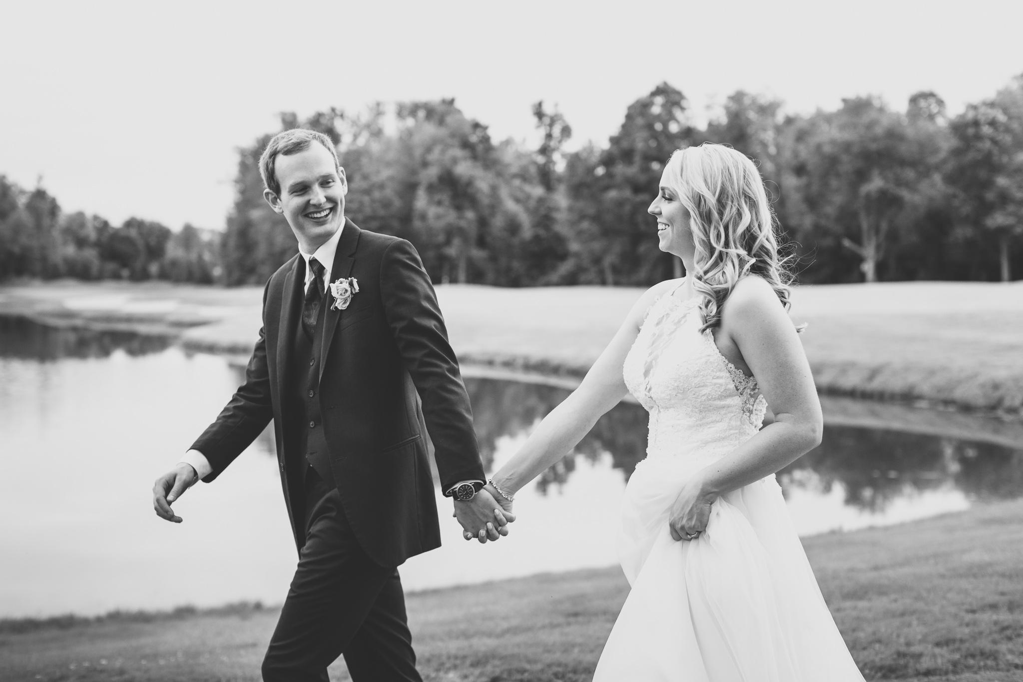 154-best-detroit-michigan-outdoor-wedding-photographer.jpg