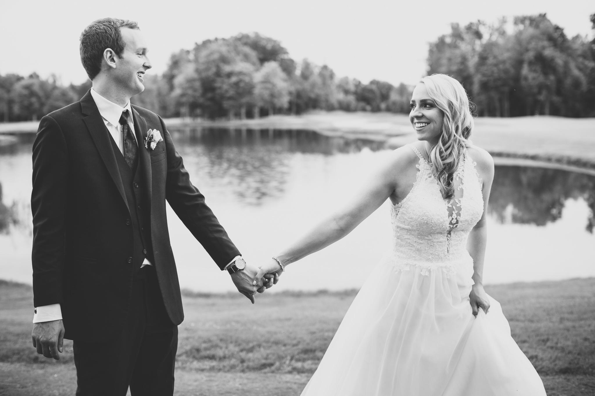 155-best-detroit-michigan-outdoor-wedding-photographer.jpg