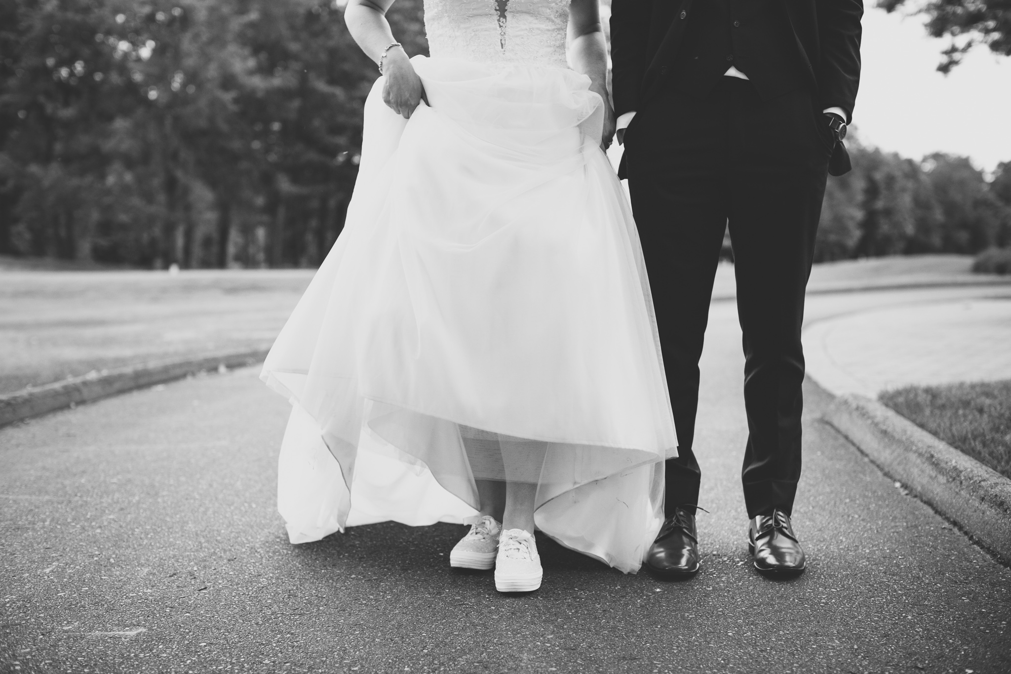 162-best-detroit-michigan-outdoor-wedding-photographer.jpg