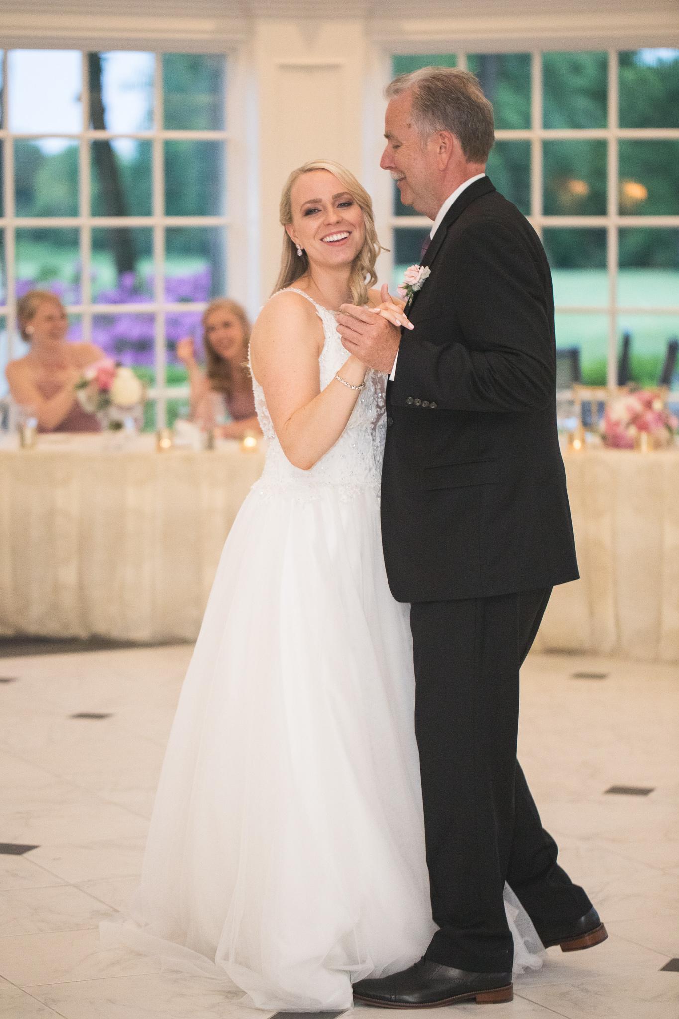 169-best-detroit-michigan-outdoor-wedding-photographer.jpg