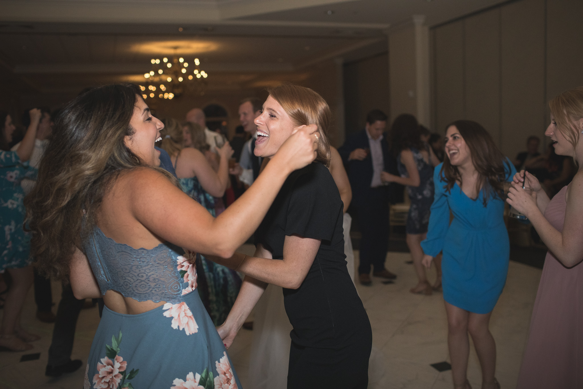 182-best-detroit-michigan-outdoor-wedding-photographer.jpg