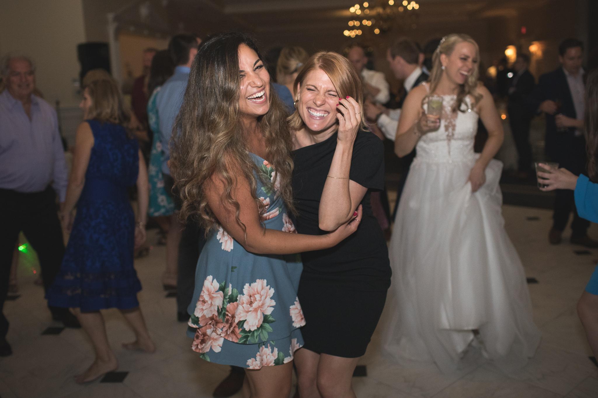 183-best-detroit-michigan-outdoor-wedding-photographer.jpg