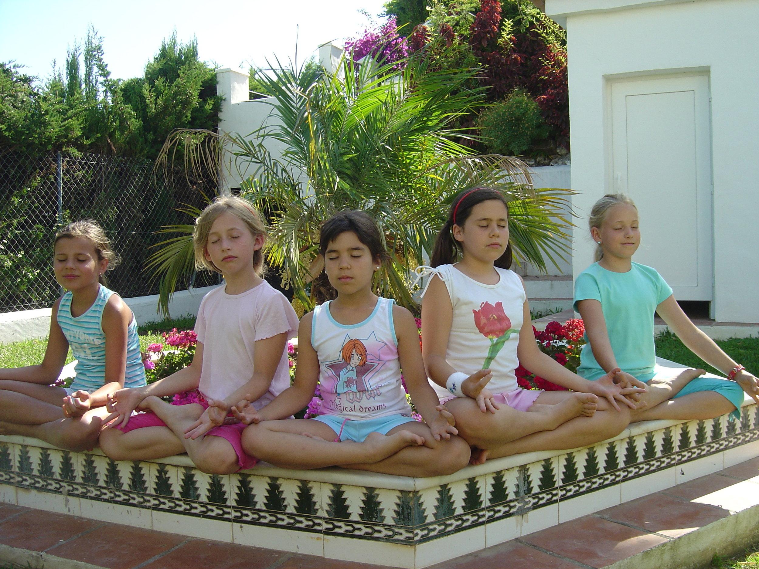 Kids Meditate.jpg
