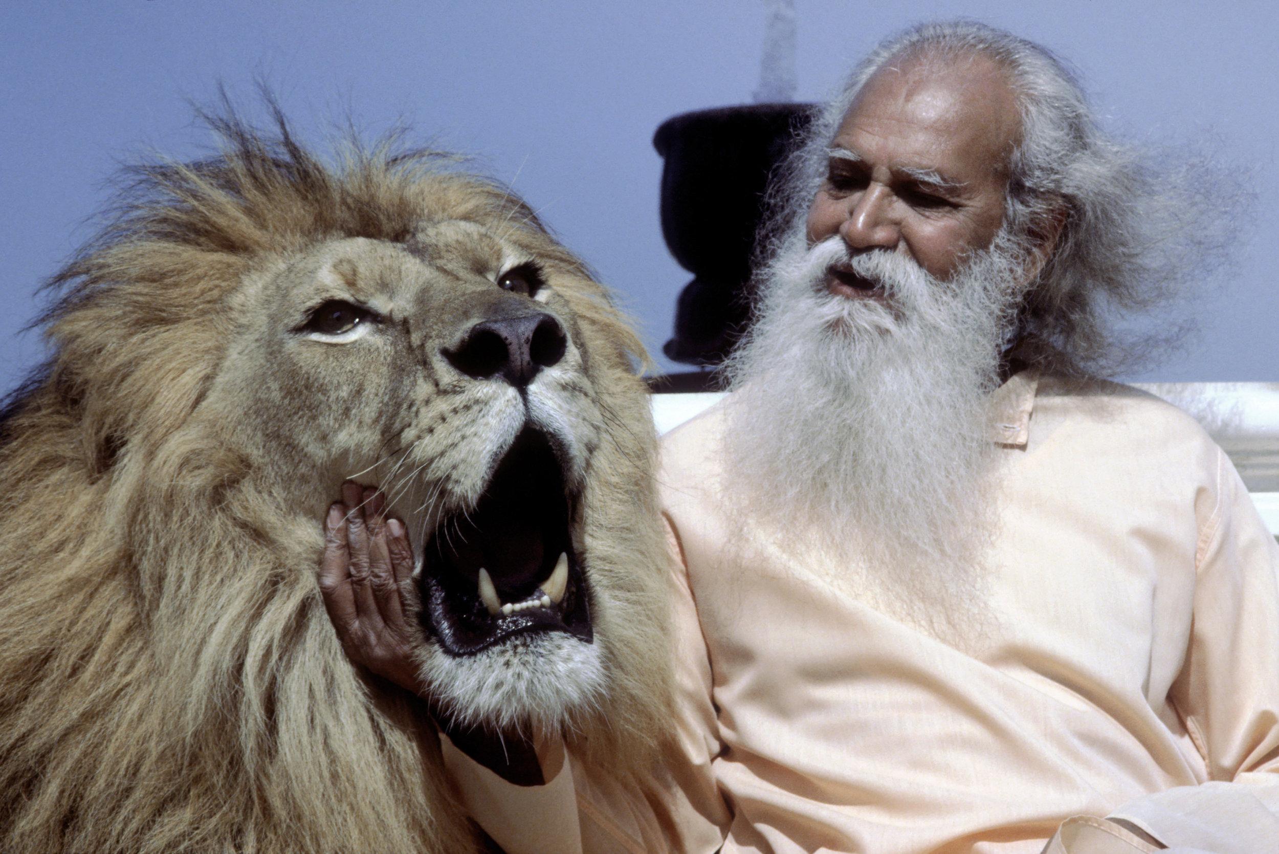 press-Swami-Satchidananda-MGM-Lion.jpg