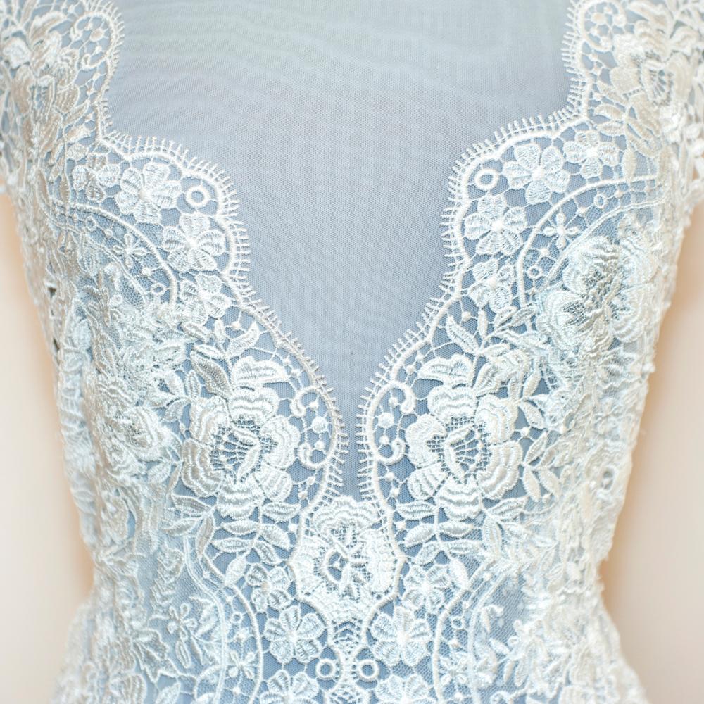 Bruidsmode_italian_lace_detail.jpg