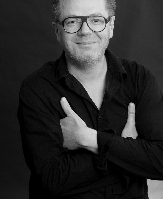 Dipl. Designer  Jörg SCHMITZ