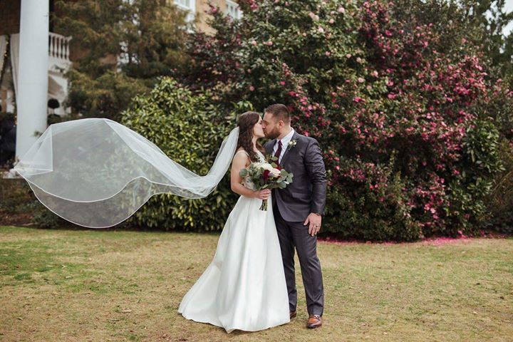 Bethany & Ethan Taylor Jan 2 2019 wed Claire Borisuk photo.jpg