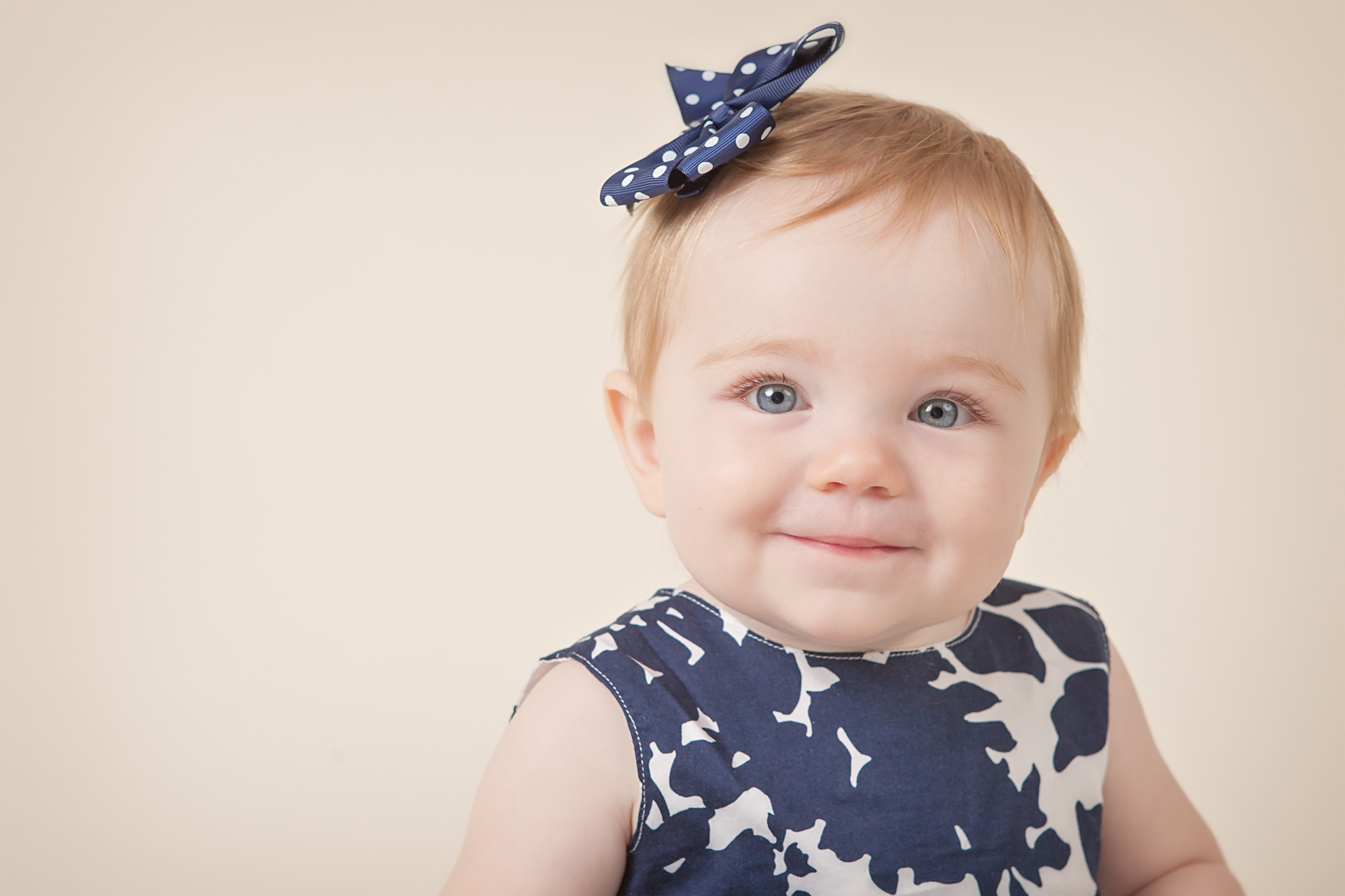 baby girl columbus oh photographer blue dress