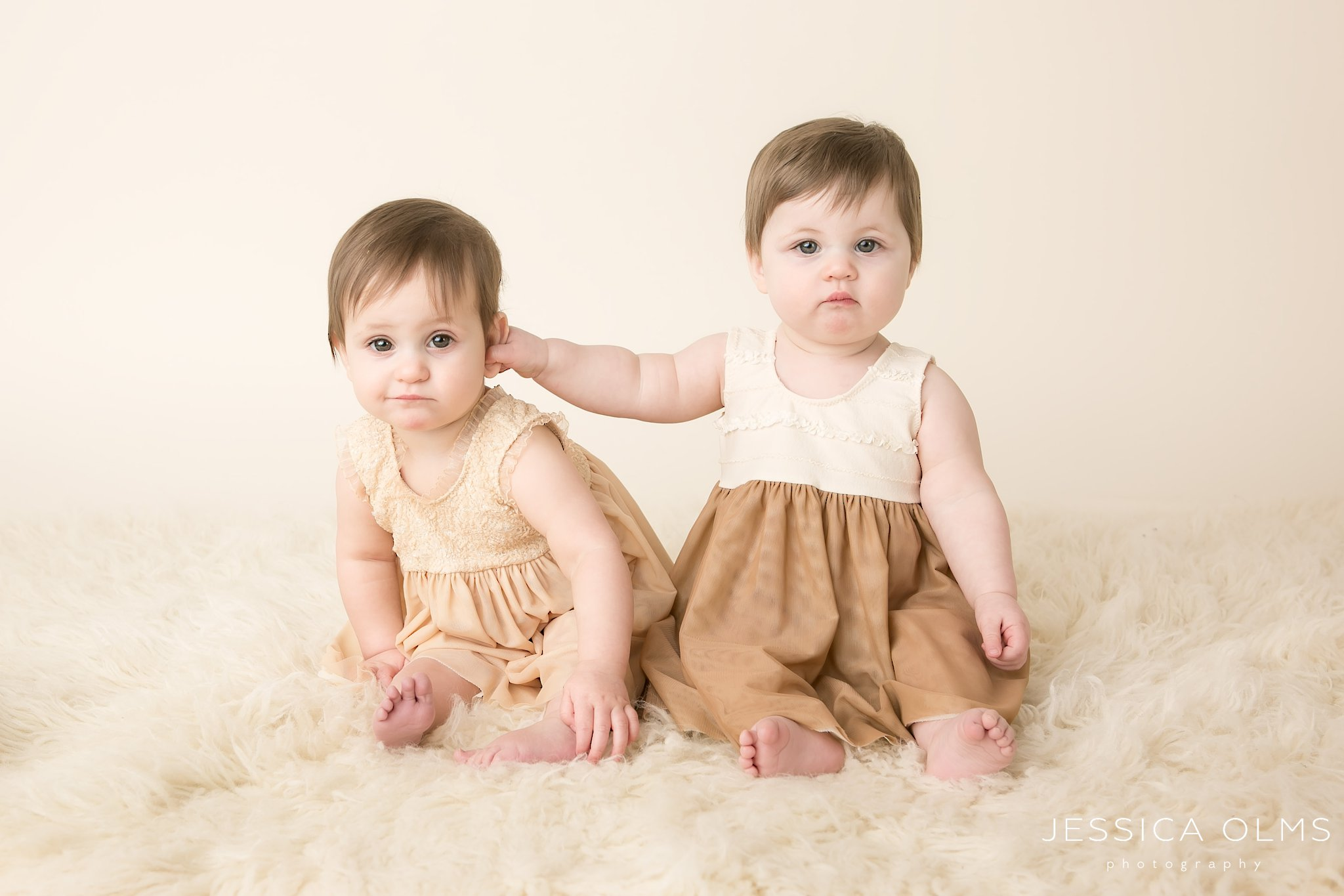 twin girls in dresses 9 months columbus ohio baby photographer