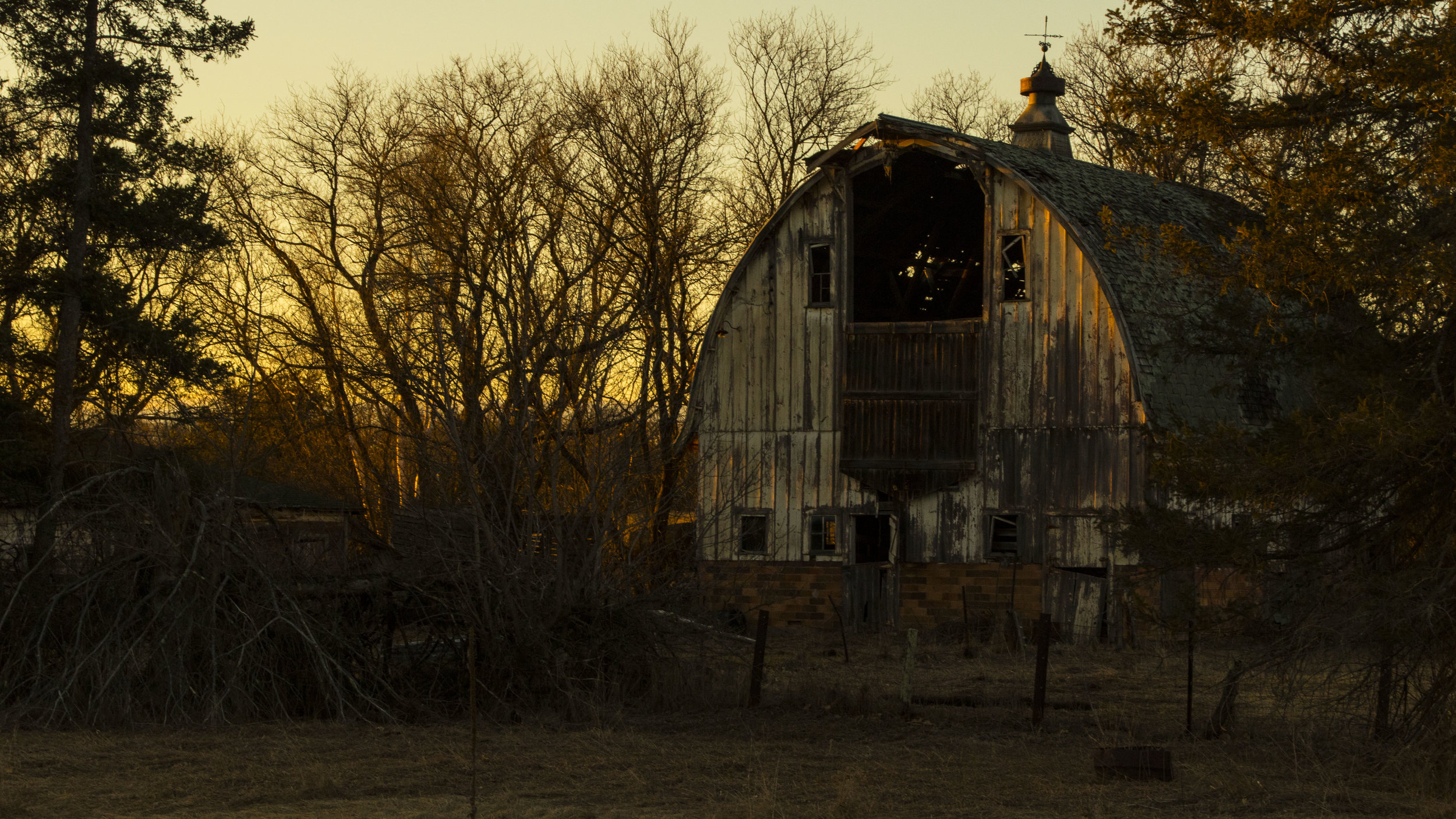 Ye Old Barn.jpg