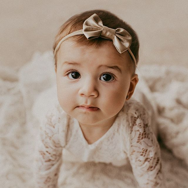 Double posting this session! Can't help it. She is too cute! 💫