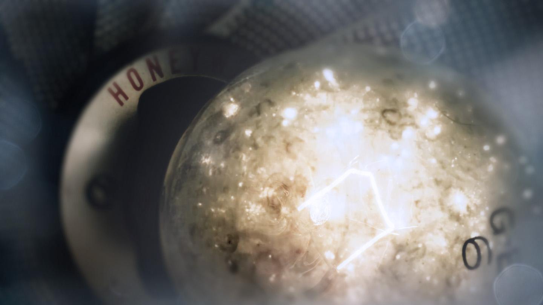 lightbulb01.jpg
