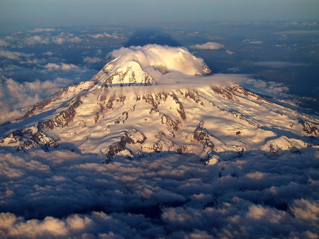 Mount Rainier (source www.summitpost.org)