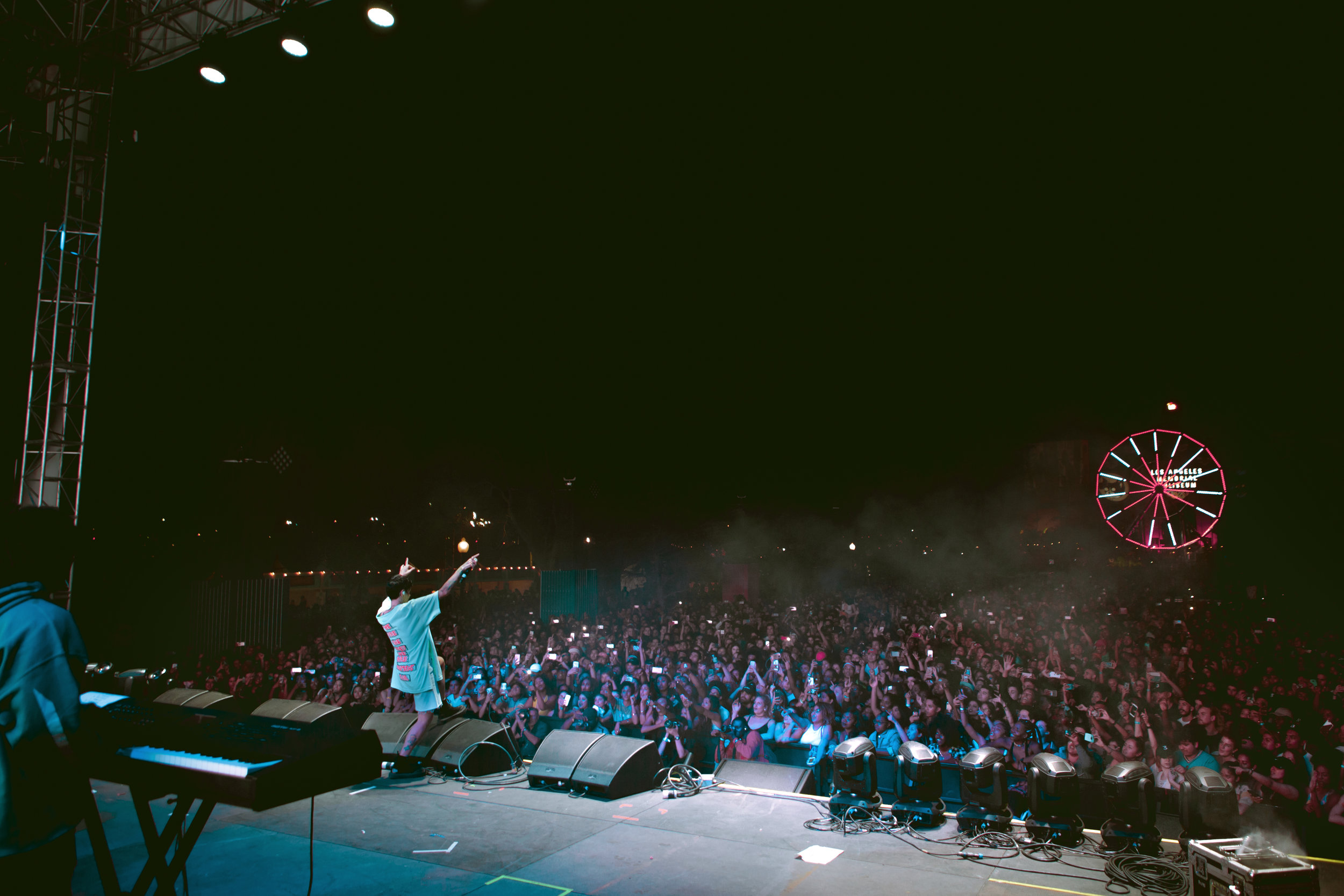flog gnaw kehlani crowd1.jpg
