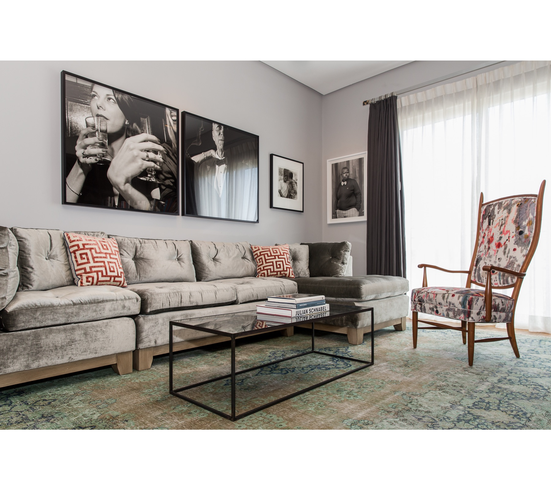 Art Collector's Library | CHUSED & CO.