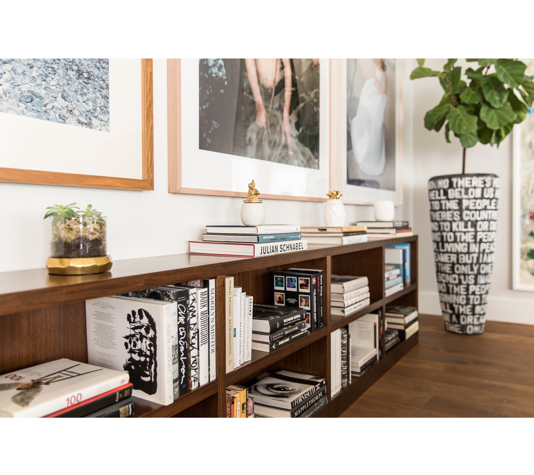 Art Collector's Bookshelf | CHUSED & CO.