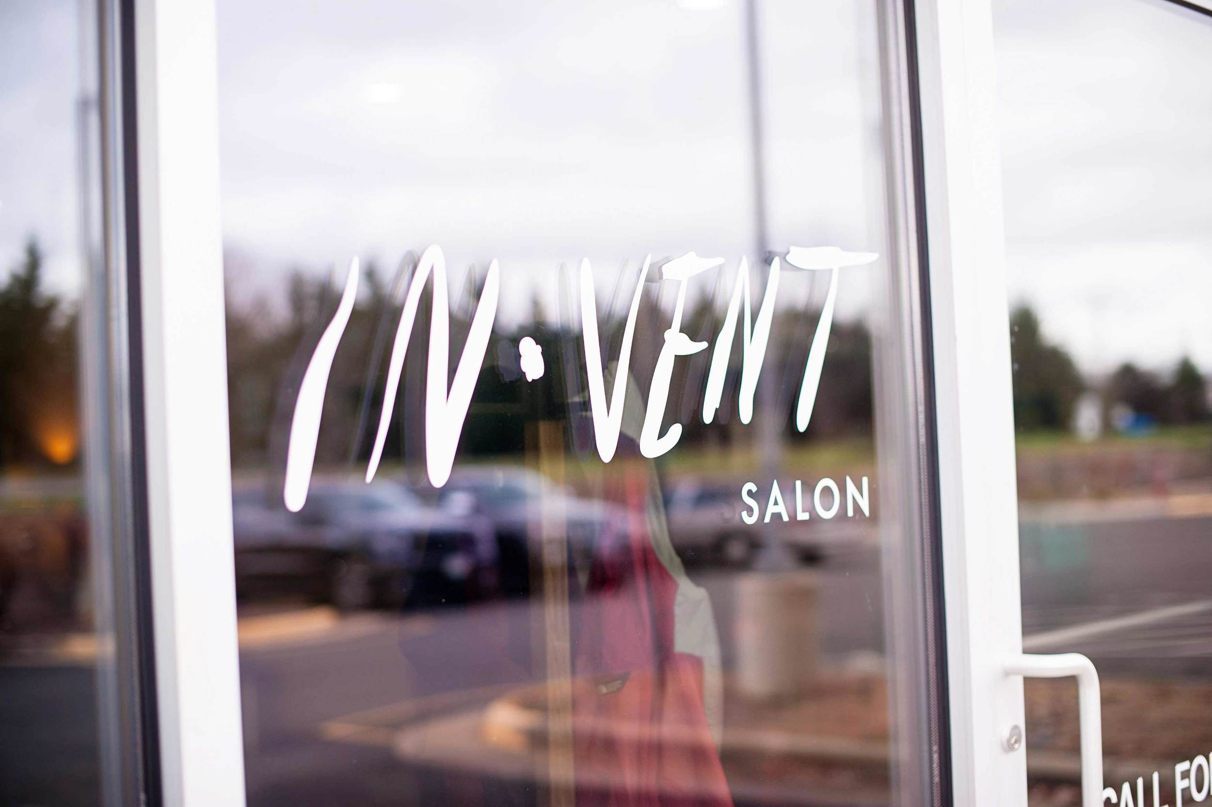 invent-salon-storefront-stylist-photo.jpg