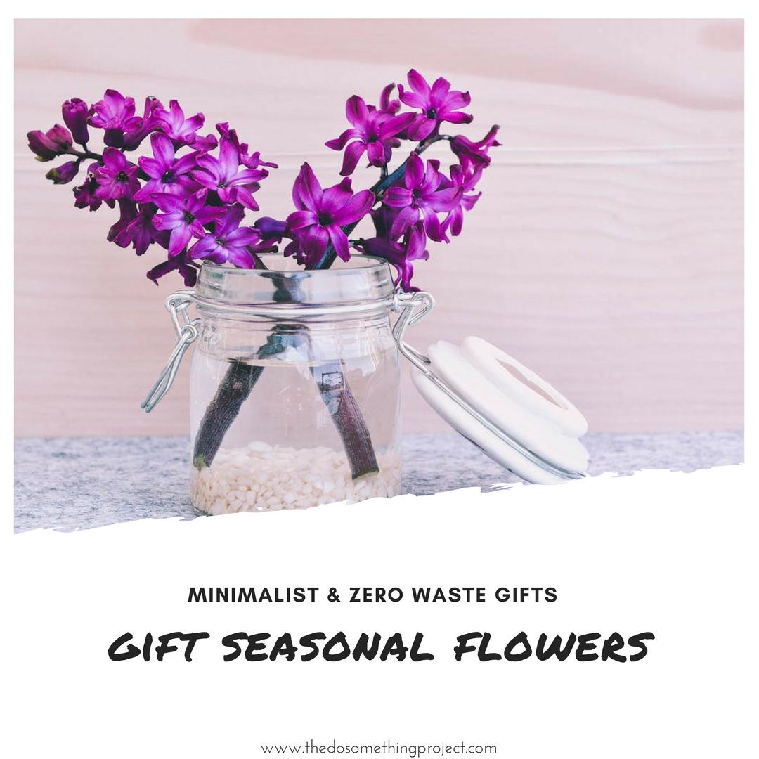 minimalist-zero-waste-gift-ideas-flowers