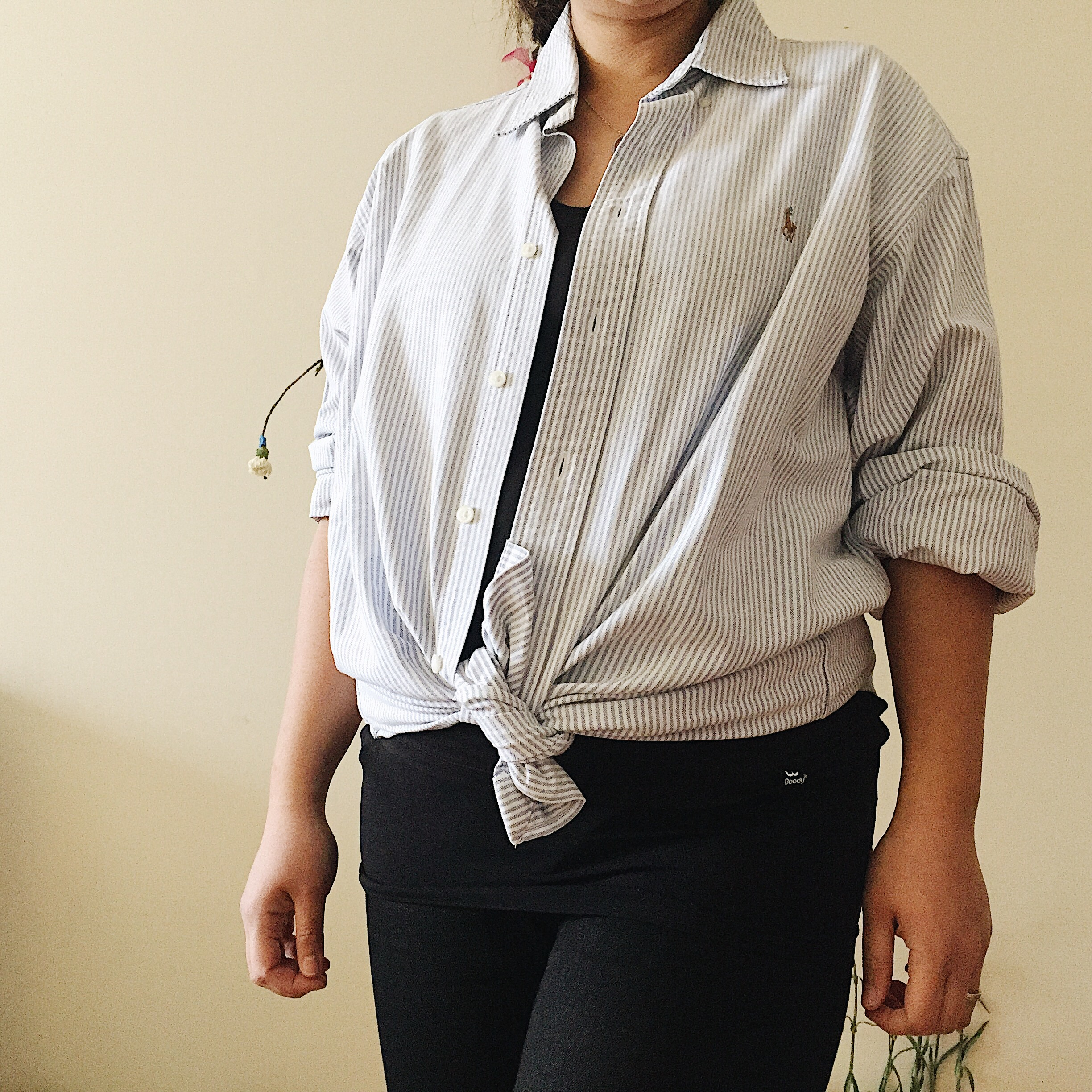 Sustainable Maternity Wear - Going with a classic oversized shirt from my father's closet