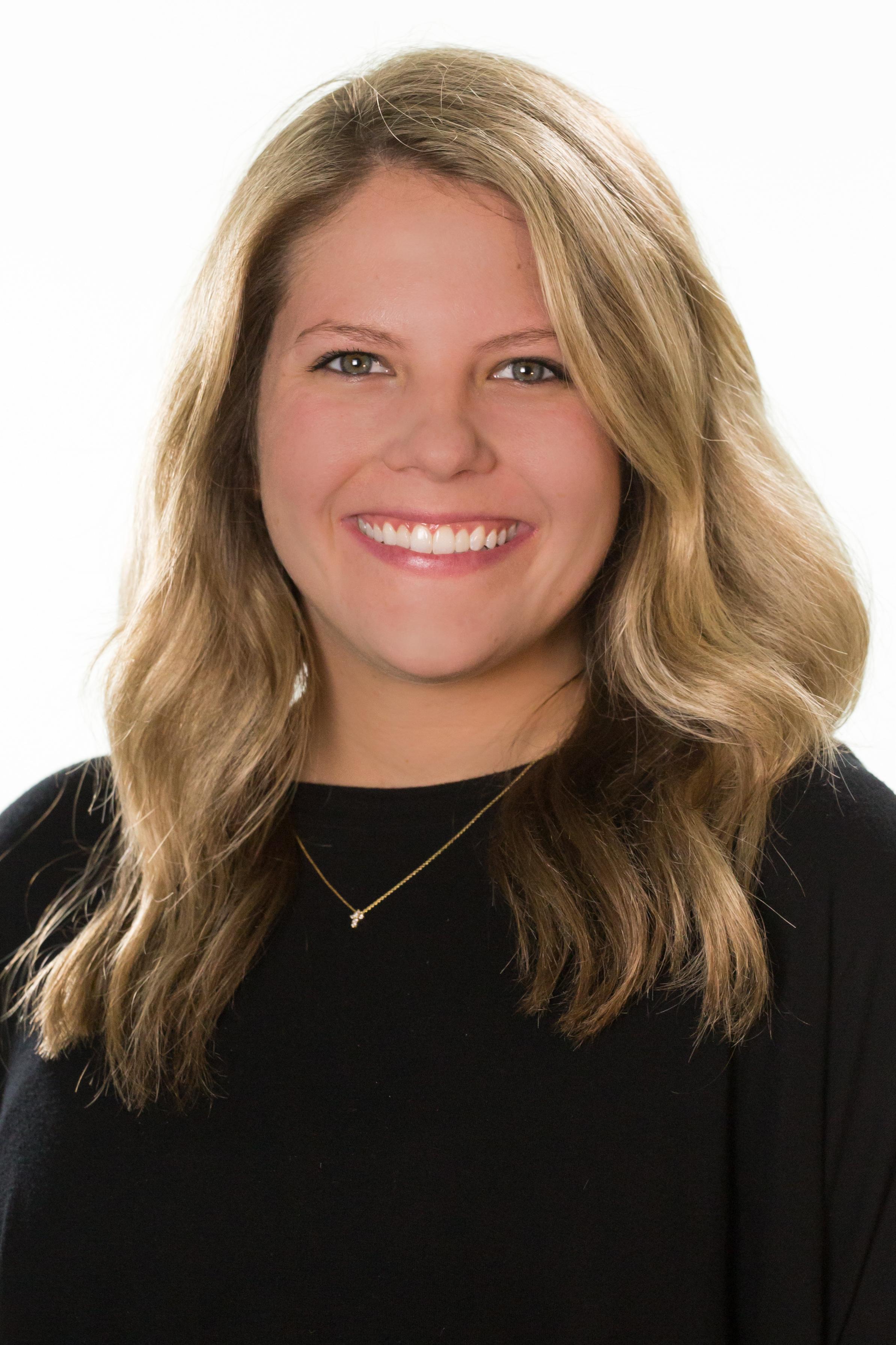 Hannah Dubois-1.jpg
