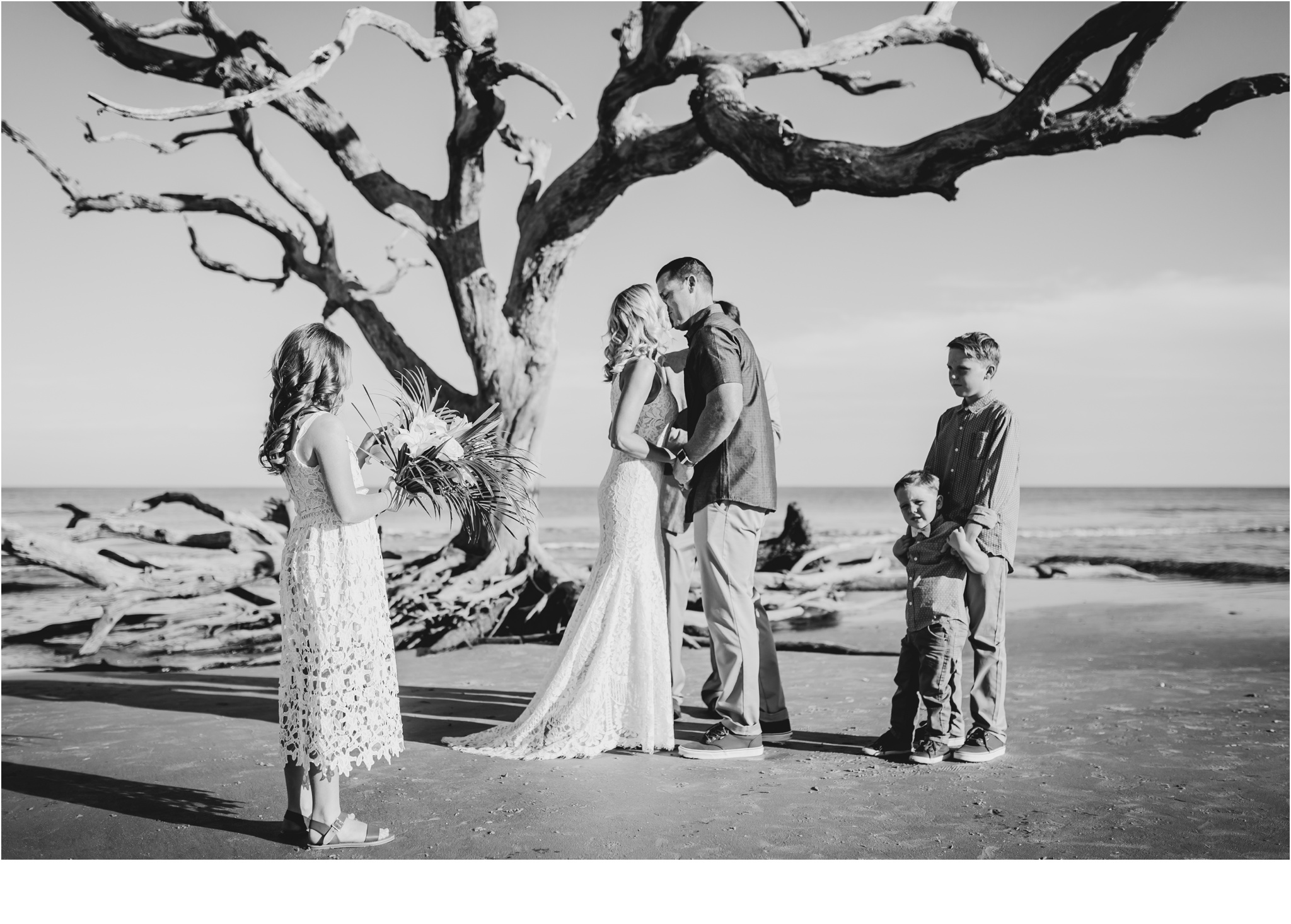 Rainey_Gregg_Photography_St._Simons_Island_Georgia_California_Wedding_Portrait_Photography_1569.jpg