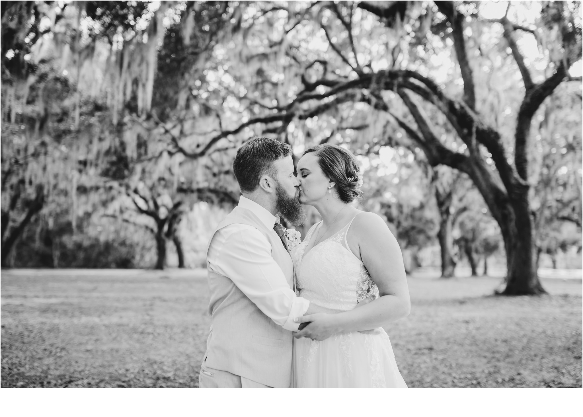 Rainey_Gregg_Photography_St._Simons_Island_Georgia_California_Wedding_Portrait_Photography_1726.jpg