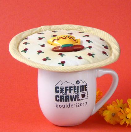 Thinsulate insulated Rosebud Medley Kup Kap on mug.