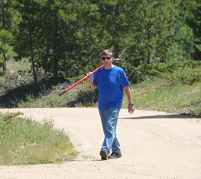 2014 July 11 Luckett Land 1030 Perry Dave's shovel_72